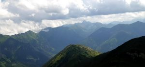 chmury nad panoramą Tatr