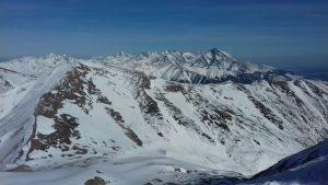 ośnieżone tatrzańskie szczyty