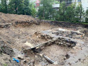 odkryte fundamenty dawnej willi Pepita