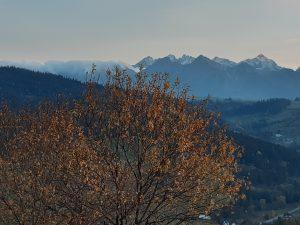 Grandeus widok na panoramę Tatr