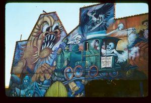 graffiti m.in z wizerunkiem tygrysa
