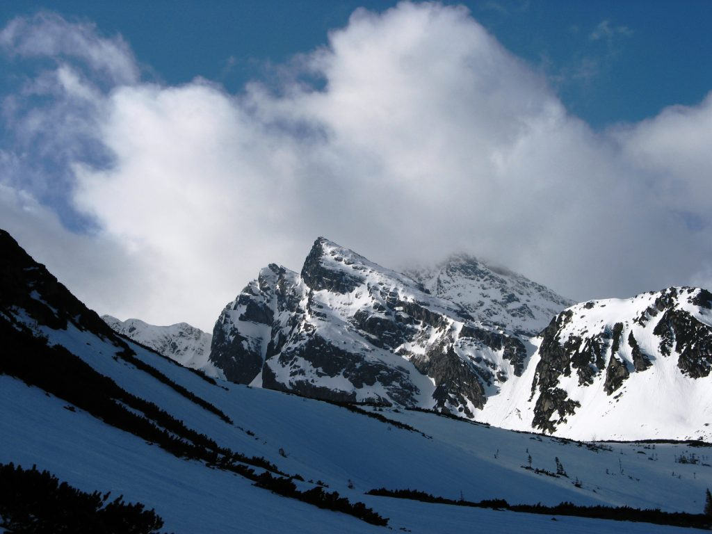 zimowy widok na Krzyżne
