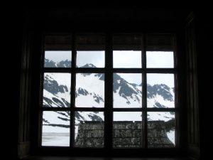Zawrat schodki ujęcie z okna